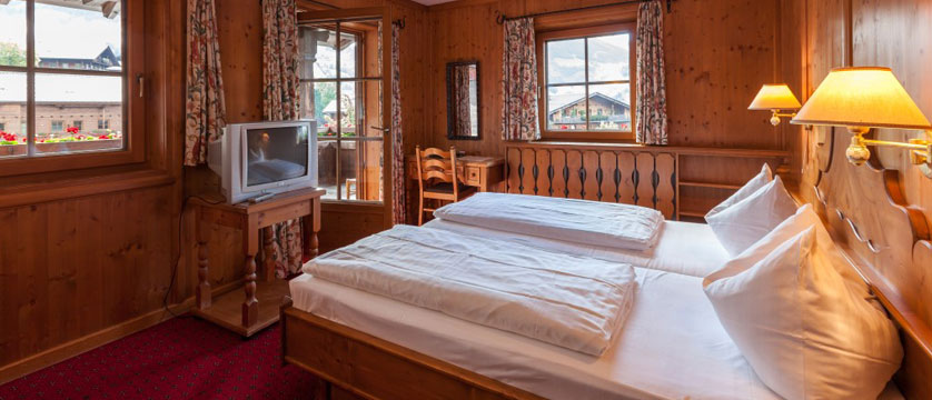 Hotel Post, Alpebach, Austria - bedroom with balcony.jpg